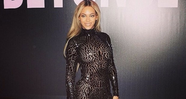 Beyonce-e-il-total-look-di-Tom-Ford