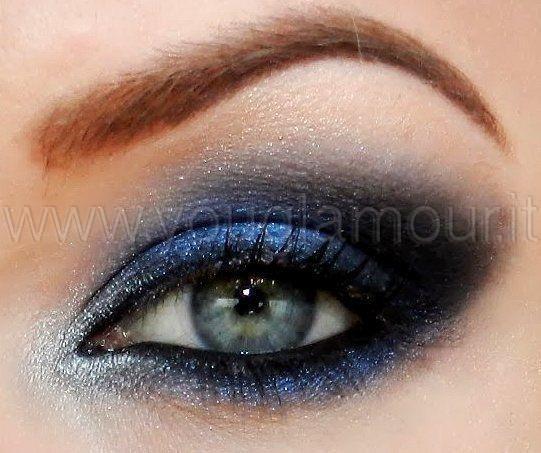 http://www.youglamour.it/wp-content/uploads/2014/05/smokey-eye-blu-e-nero.jpg