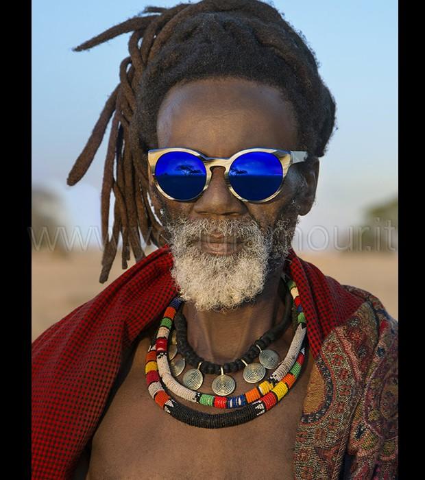 Occhiali da sole Etnia Barcellona collezione Wild Love in Africa
