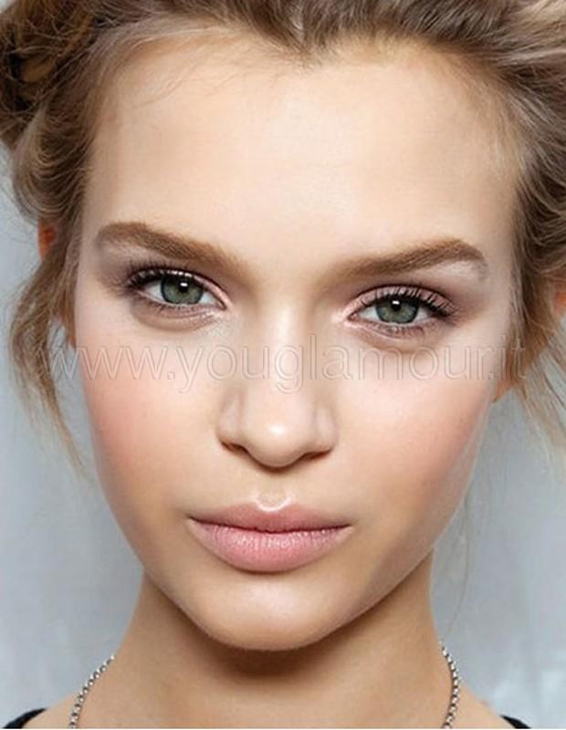Make-Up: trucco per la scuola o il lavoro